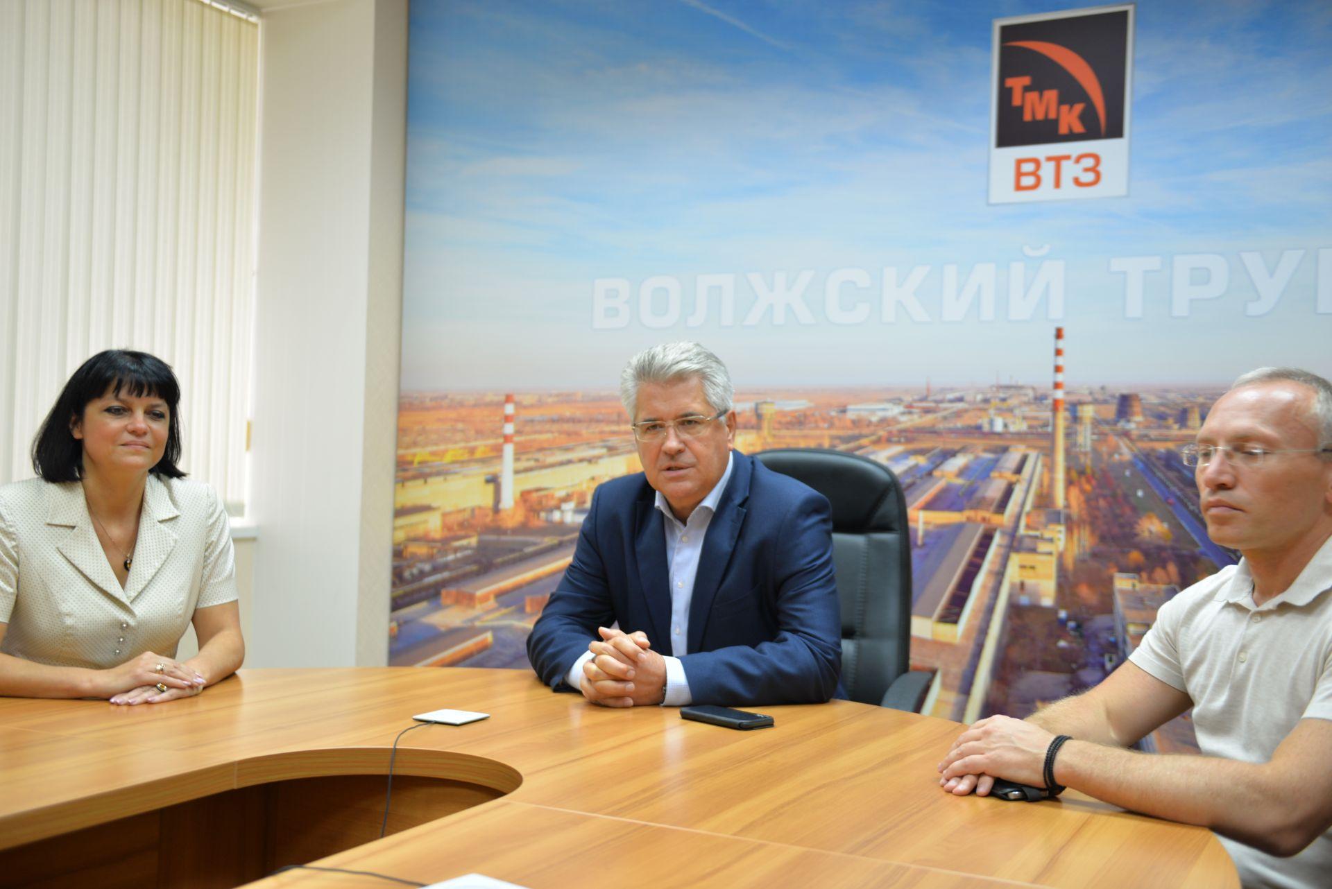 Gespräch mit dem Direktor Sergej Tschetwerikow